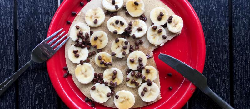 Omlet z bananami i czekoladą